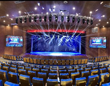 Relacart HR-31S Professional Wireless Audio Performance System is used in a civic activity center
